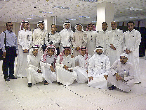 كلية الحاسبات وتقنية المعلومات برابغ قسم نظم المعلومات زيارة تعليمية الى عمادة تقنية المعلومات بجامعة الملك عبدالعزيز بجدة